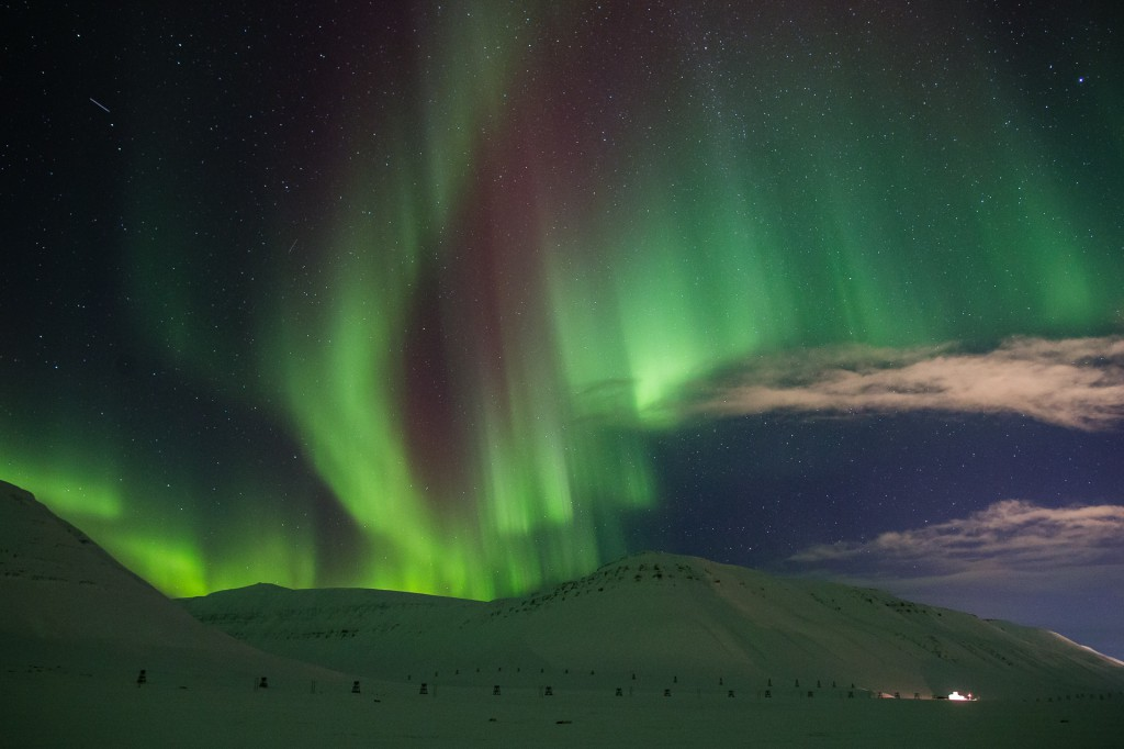 Northern Lights in Adventdalen, Svalbard - Copyright: Tommy Dahl Markussen