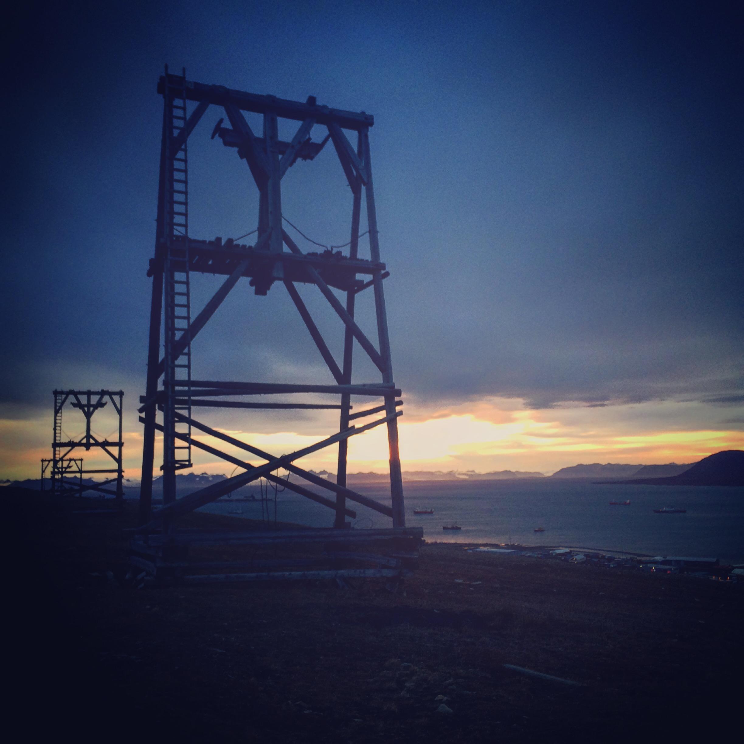 Taubanebukk, Longyearbyen
